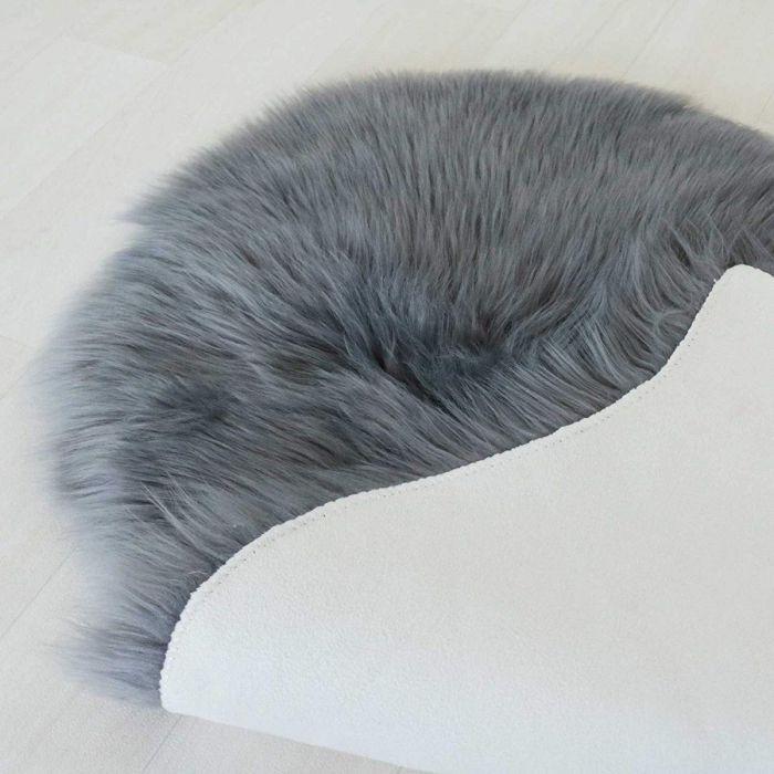 Kunstfell Schaffell Imitat Teppich Felldecke Lammfell Dunkelgrau in Schafform 55x80 cm